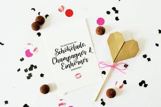 Bild: Valentinstag Geschenk Idee zum selber basteln: DIY Karte als Freebie kostenlose Bastelvorlage für Sie und Ihn