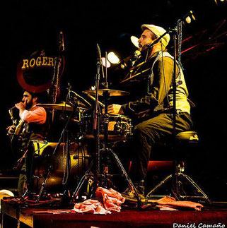 Les Rogers - Daniel Camaño