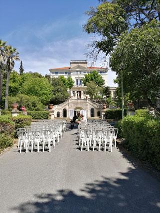 location chaises cérémonie laîque en Provence