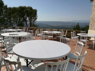 location chaises et tables châyeau des costes