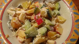 Selbstversorgeressen: Kartoffelsalat mit Sprossen, Erbsengrün und Äpfeln