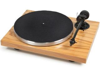 Pro-Ject Plattenspieler Xpression Carbon Classic Olive mit Ortofon 2M Silver UVP 840,- €