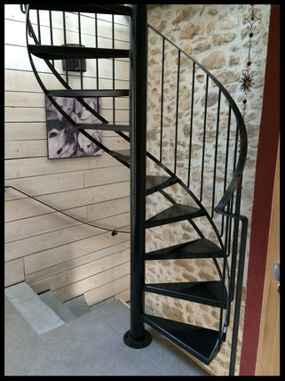 escalier tout métal, emplacement réduit, l'atelier Carrotte
