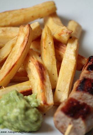 low carb Pastinaken Pommes mit Avocado Dip