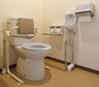 ●新館身障者用トイレ(二階)