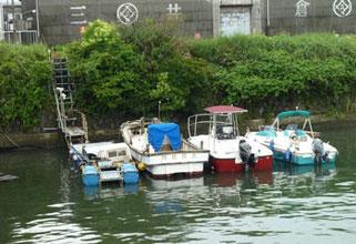 横浜市神奈川区・村雨橋のボート