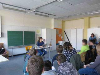 Birgit Bestvater bei der Lesung an der Kerschensteinerschule - Mannheim, 4. März 2015