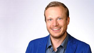 Damian Holmer ist Kommunikations- und Marketing-Experte und unser Ansprechpartner für die Themen Innovation, Marketing und Kommunikation.