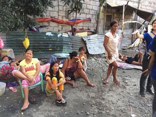 フィリピンでも最も貧困な地区とされるブルーメントリットエリア