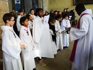 Les servants d'autel étaient nombreux, venus de tout le doyenné