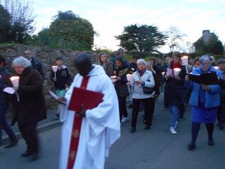 5-La procession vers l'église