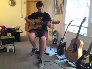 Gitarrenunterricht in Jena Innenstadt, Musikschule Accentus