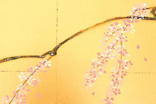真多呂人形「有職雛」 金沢箔屏風にしだれ桜