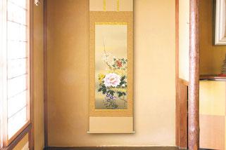 床の間(四季花の掛軸)
