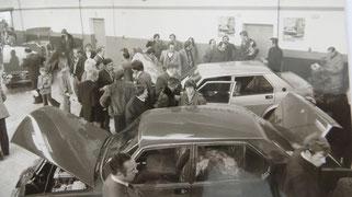 Zahlreiche Besucher bei der erfolgreichen Neueröffnung in Aalen-Oberalfingen im Jahr 1977