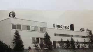 So präsentierte sich das Autohaus D´Onofrio nach dem ersten Bauabschnitt 1977 in Oberalfingen