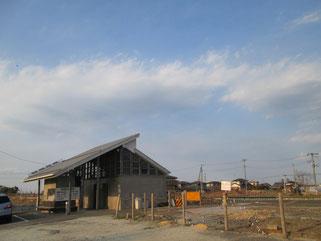 こちらは旧山下駅。