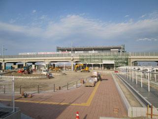 新しい坂元駅。