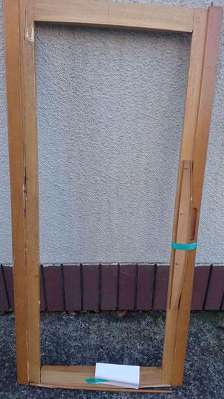食器棚扉枠修理