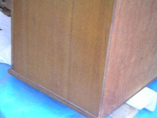食器棚傷補修