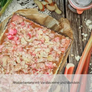 Rhabarbertarte mit Vanillecreme und Mandeln
