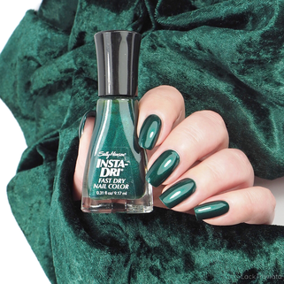 Sally Hansen • Jumpin' Jade (22) • Insta-Dri Collection fall 2013
