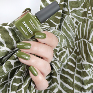 picture polish • avocado • Classic Shades Collection (new summer 2019)