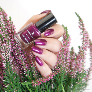 JULIANA NAILS • 565 hot plum