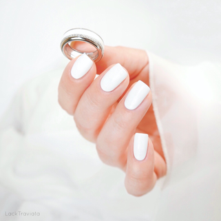 OPI • Alpine Snow (NL L00) • OPI Classics Collection • feeling Nagellack-Ring