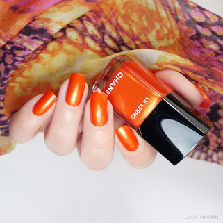 CHANEL • RADIANT ARANCIO 729 • Ready, Set, Twist Collection (summer 2019)