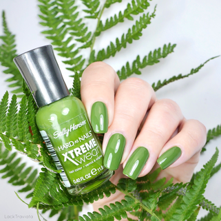 Sally Hansen • Green Thumb (369) • HARD AS NAILS XTREME wear