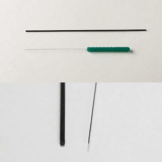 シャーペン芯と鍼の太さの比較