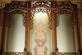 欅仏壇「ゆたか2型 彫」20号 照明