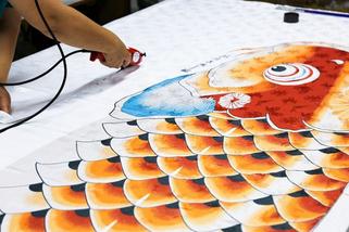 鯉のぼりの製造工程 裁断