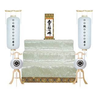 初盆用白提灯と祭壇