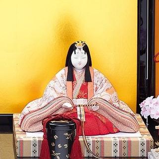 真多呂人形 弥生雛(女雛)