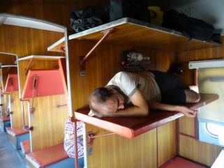 Krank im Zug Richtung Usbekistan