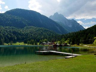 Idyllischer Lautersee oberhalb von Mittenwald