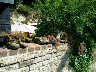 lavardin-vallee-loir-et-cher-plus-beau-village-de-france-troglos