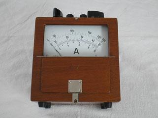 Dreheisen Messgerät für Gleich u. Wechselstrom bis 250 Ampere.