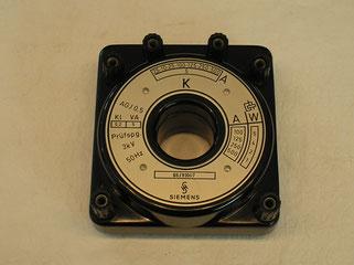 Durchsteck - Stromwandler bis 500 Ampere Wechselstrom.