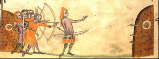 Entraînement d'archers.Geoffrey luttrell psalter 1325 longbowmen.Wikimedia