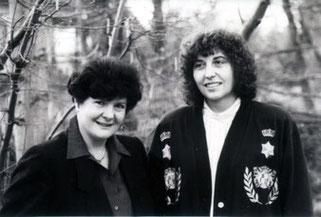 v.l.n.r.: Gerdi Staiblin (Präsidentin 1982-1996, Ministerin a. D.) und Marianne Anselm (Präsidentin 1996-2008)