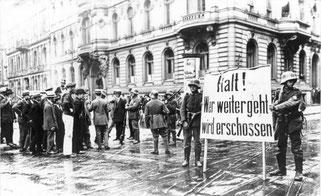 Bundesarchiv Bild:Berlin,Kapp-Putsch,Putschisten,1920