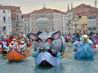 In Venedig ist wieder Karneval. Foto: Andrea Merola