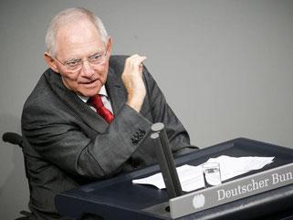 Bundesfinanzminister Wolfgang Schäuble im Bundestag: Am Freitag werden die Abgeordneten über das verlängerte Hilfsprogramm abstimmen. Foto: Michael Kappeler/Archiv