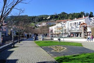 Der Hauptplatz von Monchique