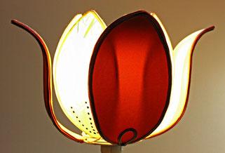 création , fabrication restauration d'abat jour couture polyphane