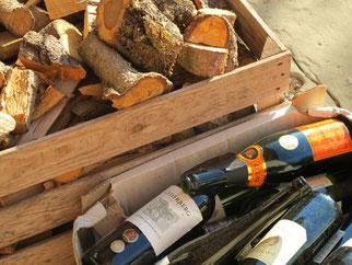 14. Juni 2014 - Entsorgung. Holz neben und nicht im Wein
