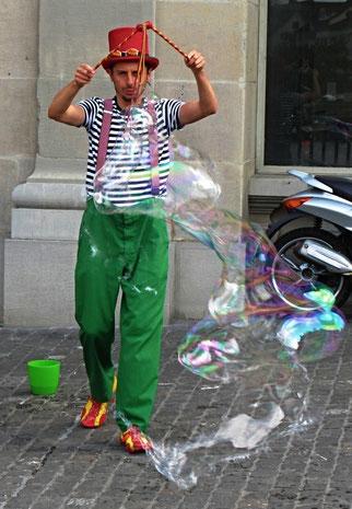 13. Juni 2014 - Zerplatzte Träume - Zeit der Strassenkünstler